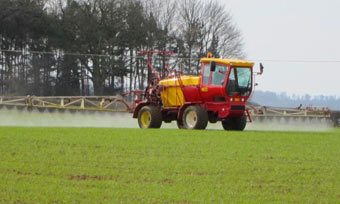 sprayer - control black grass